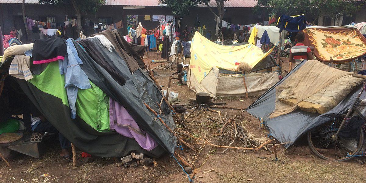 Des tentes dans un camp de réfugiés, Lunda Norte (JRS)