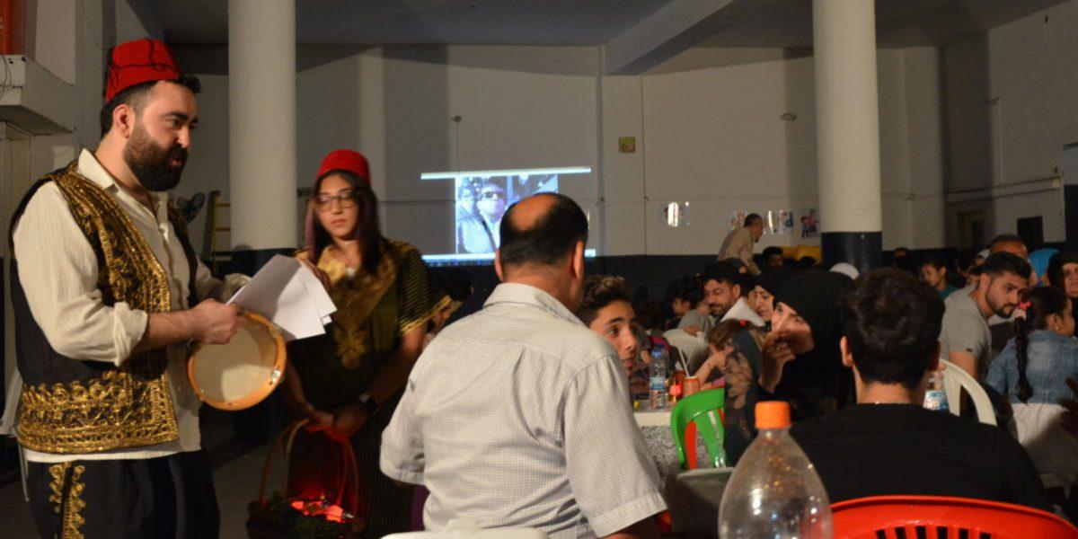 Des réfugiés syriens célèbrent la fin du Ramadan avec des familles irakiennes chrétiennes, au Centre JRS FVDL à Bourj Hammoud, Liban (JRS)